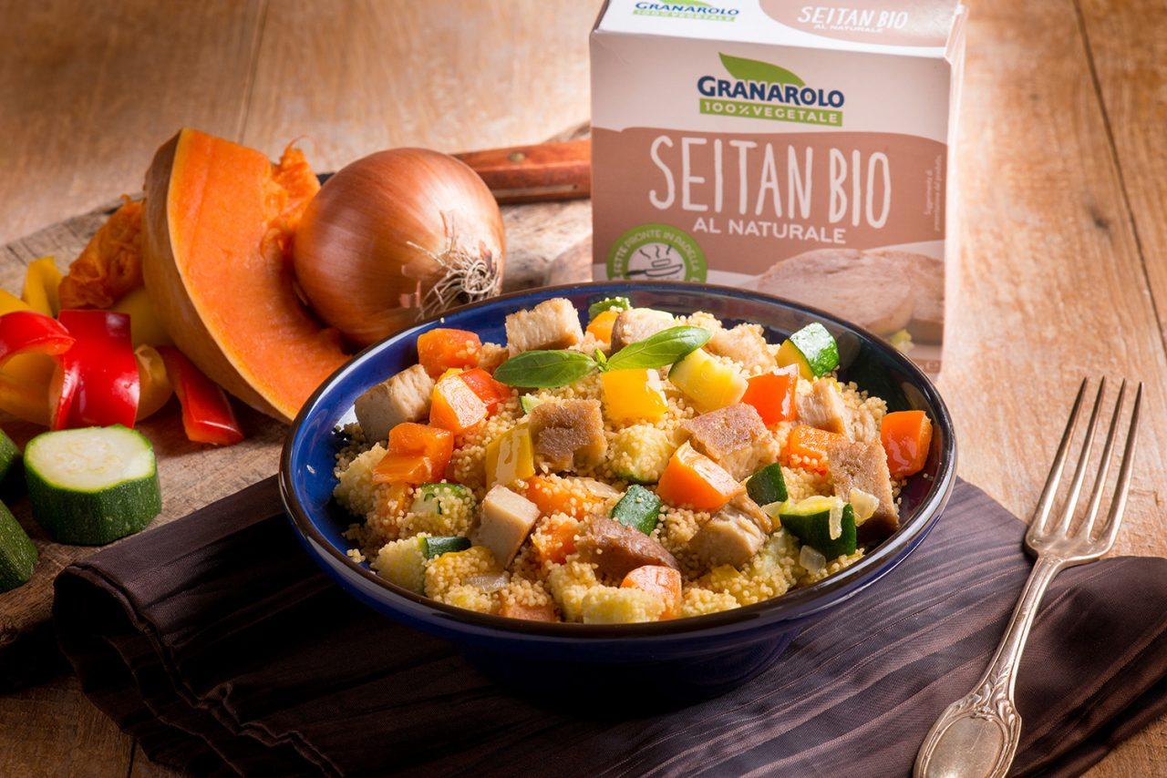Cous cous vegetariano con seitan